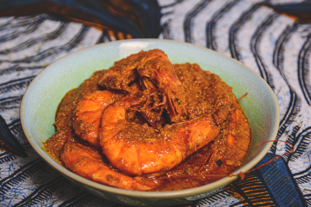Recept voor Bangladesh; Chingri Macher Malai Curry